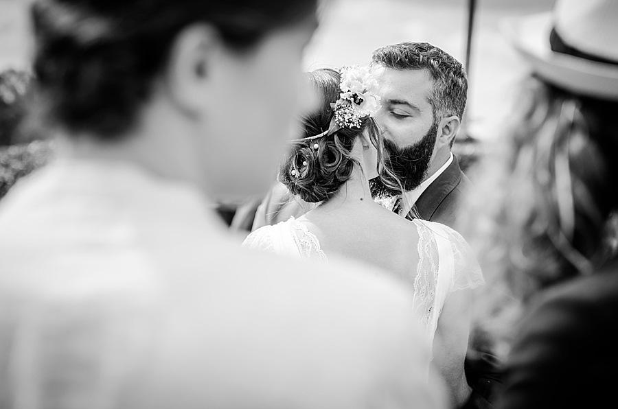Mickaël-Denize-photographe-de-mariage-en-normandie-à-lisieux-et-à-paris-en-france-et-à-cherbourg